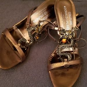 JUST IN🔶️ (8) Donald Pliner Couture Dragon Heels